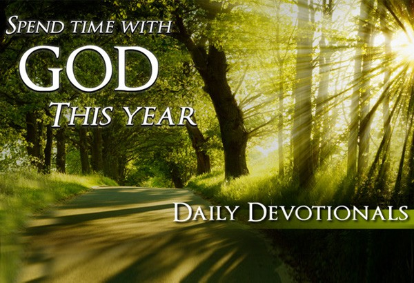 daily-devotionals-600x410